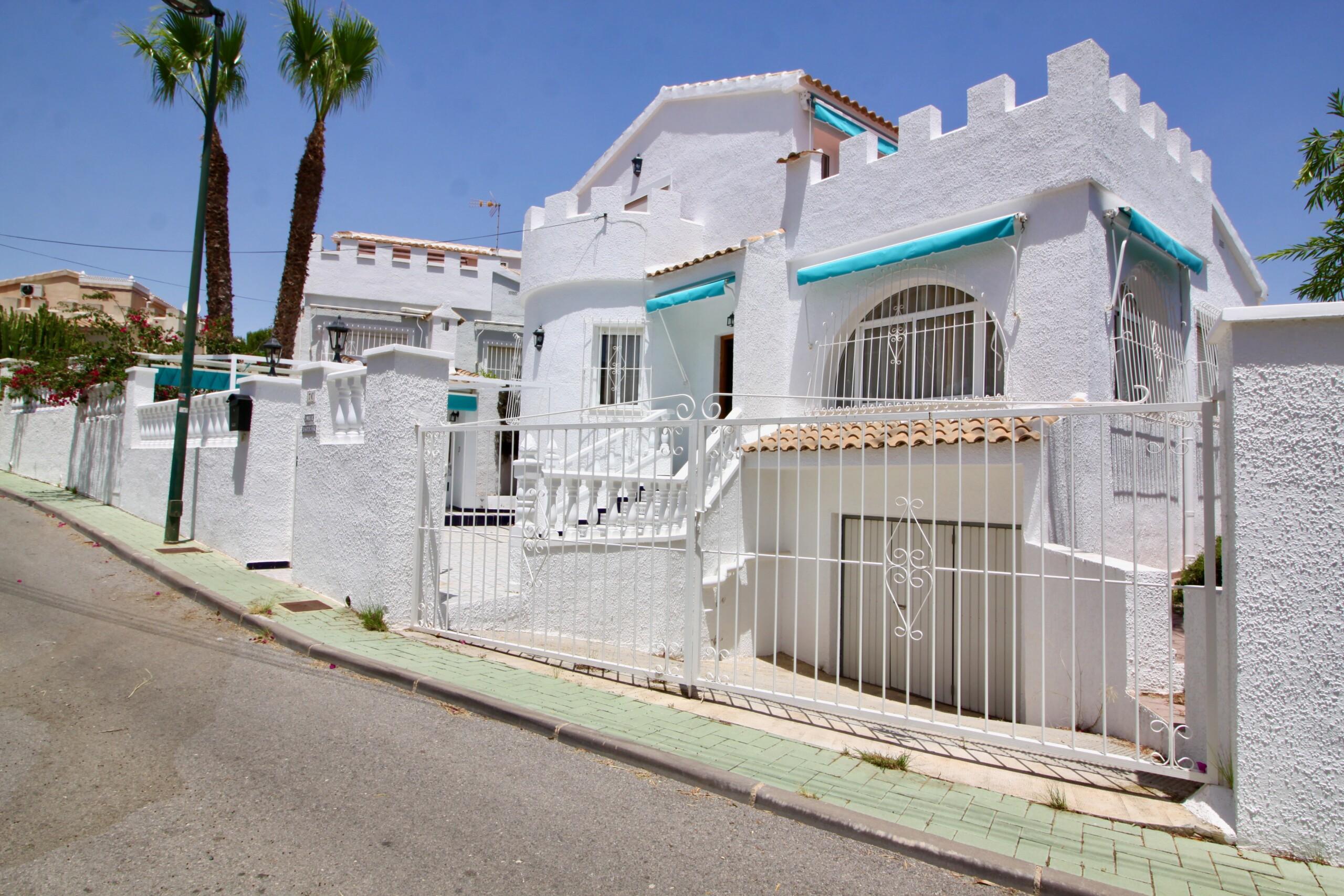 Ref:PIP110 Villa For Sale in Pinar De Campoverde