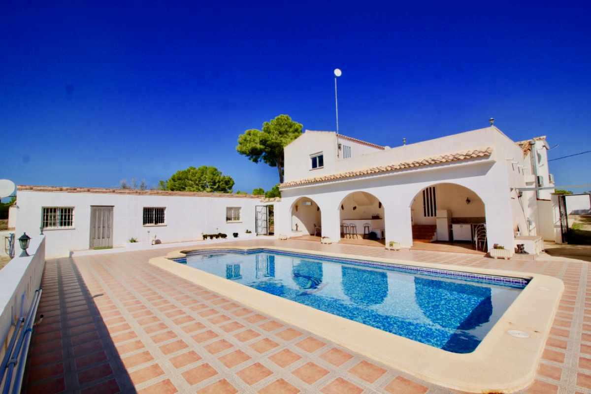 For sale: 6 bedroom finca in Pinar De Campoverde, Costa Blanca