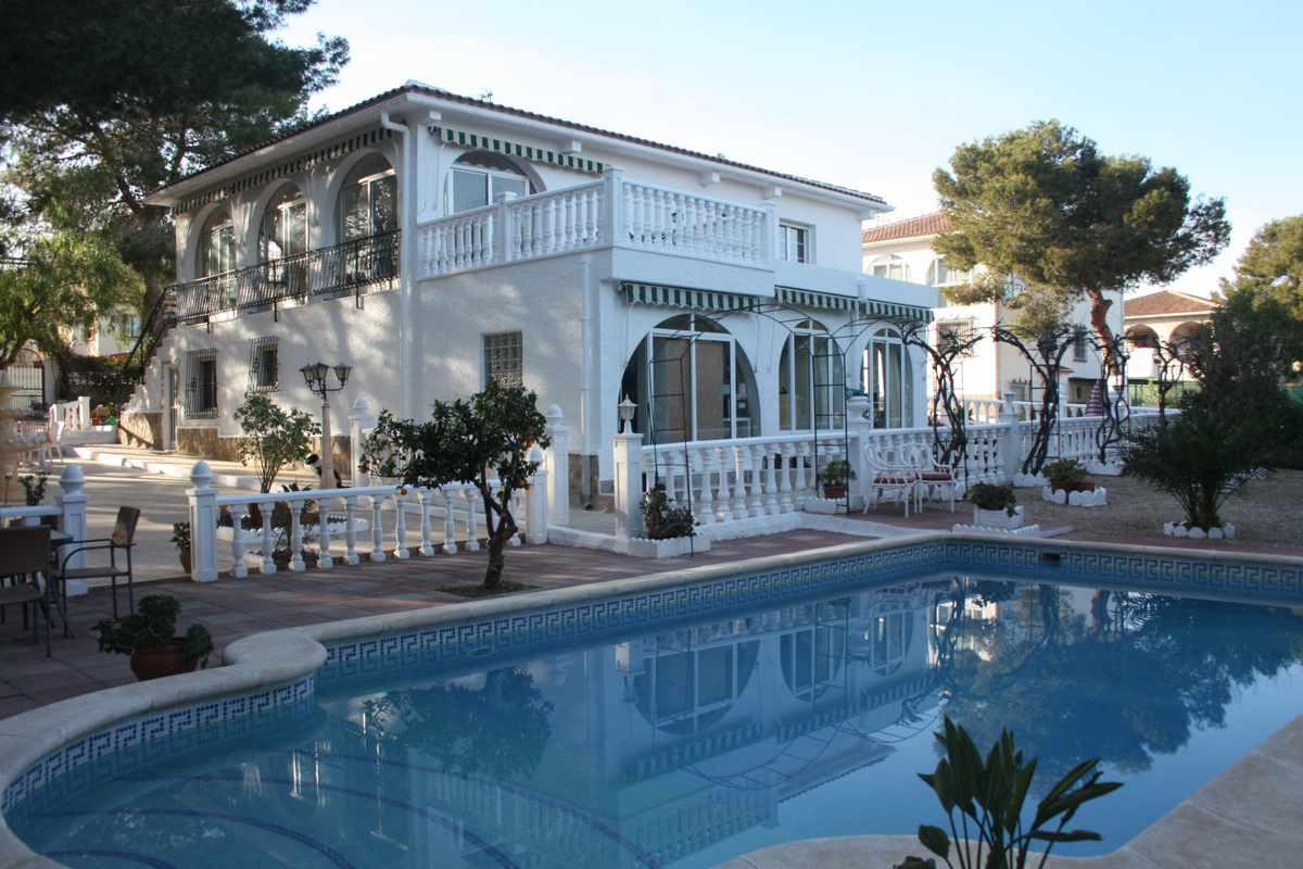 Ref:PIP141 Villa For Sale in Pinar De Campoverde