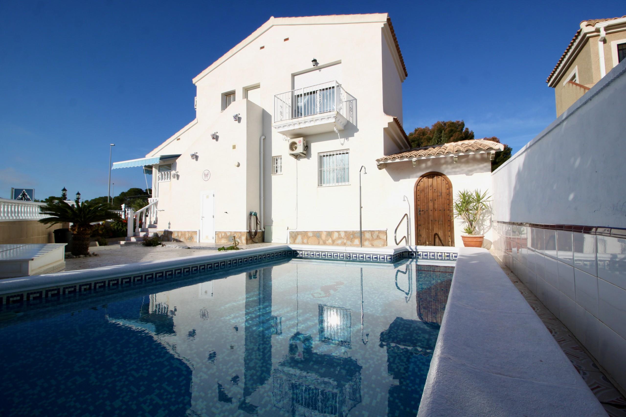 Ref:PIP146 Villa For Sale in Pinar De Campoverde