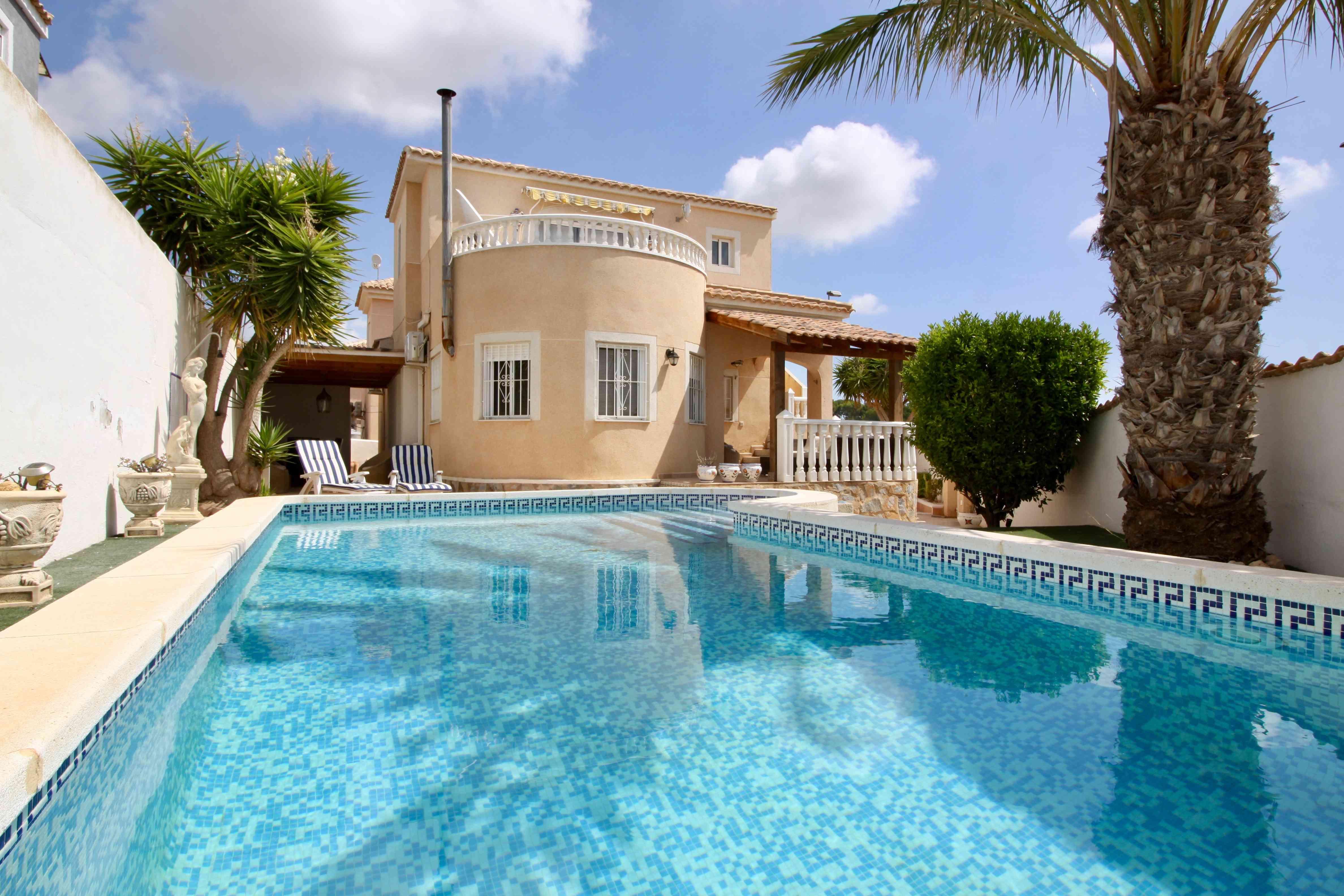 Ref:PIP158 Villa For Sale in Pinar De Campoverde