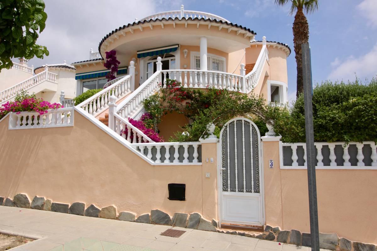 Ref:PIP170 Villa For Sale in Pinar De Campoverde