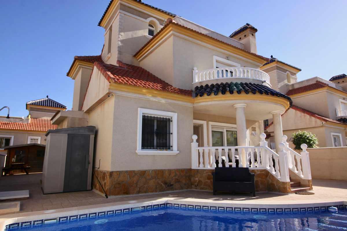 Ref:PIP187 Villa For Sale in Pinar De Campoverde