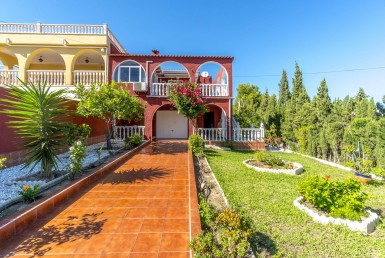 Townhouse for sale in Torrevieja by Pinar Properties