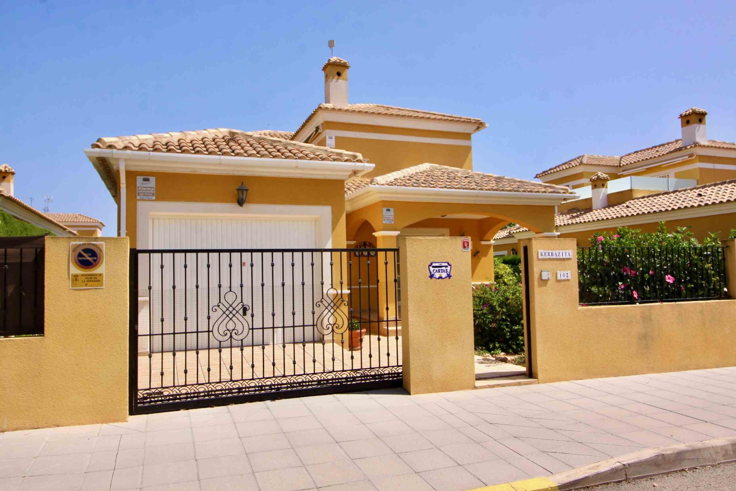 Ref:PIP248 Villa For Sale in Torre De La Horadada