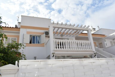 apartment for sale in Playa Flamenca by Pinar Properties