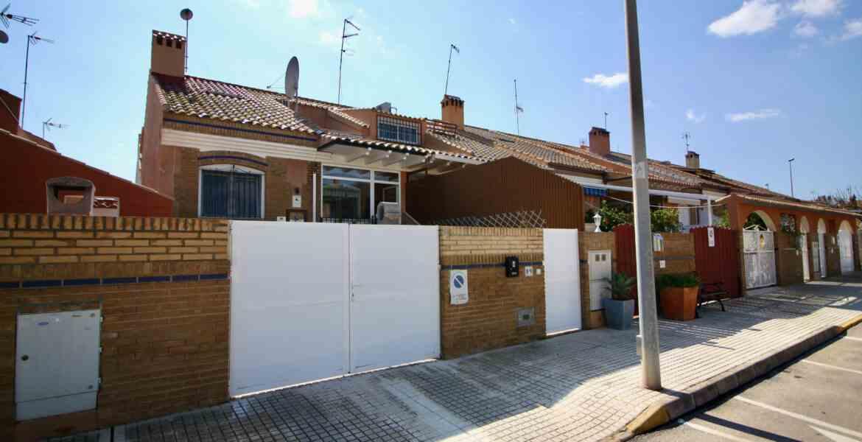 For sale: 4 bedroom house / villa in Torre de la Horadada